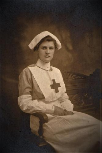 Kathleen Lloyd in VAD nurse uniform, 1915 A2015-7 edited