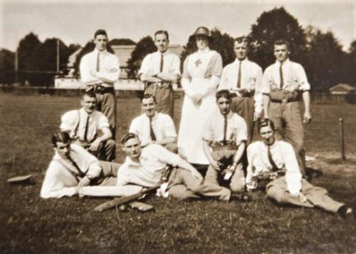 St Martin's Hospital patients cricket team on Field, 1916 LF460-30