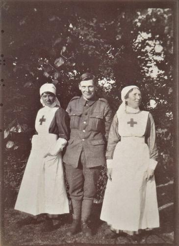 bowen-Davies Red Cross photos - nurses with soldier crop